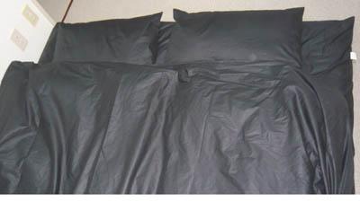 黒 羽毛布団