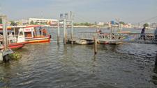 チャオプラヤ川の船着き場