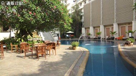 パタヤ ベイビューホテル プール