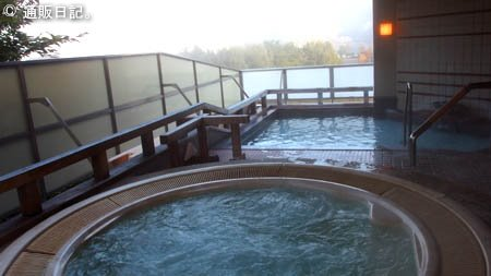 河口湖 レイクランドホテル みづのさと 露天風呂