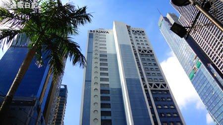 マニラ旅行記 1/3 ベルジャヤ マカティ ホテル(Berjaya Makati Hotel)役立つ近隣情報(コンビニ、スーパー、屋台村)