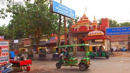 インド旅行記 1/3 ブルームルームズ(bloomrooms ニューデリー)ホテル宿泊レポート 若い人向けホテル。