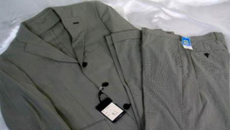 落札したパーソンズのスーツ