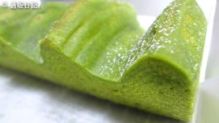 中村藤吉本店の抹茶バウムクーヘン 風味と固さが丁度イイ!